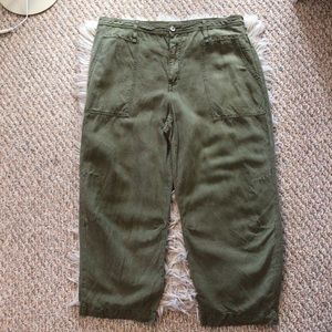 By Anthropologie High Rise Green Lightweight Chambray Capri Pants